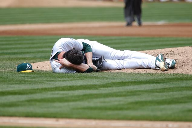 How to Avoid Common Baseball Injuries