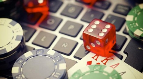 Should you Accept Online Casino Welcome Bonuses?